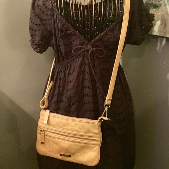 Calvin Klein Handbags - Calvin Klein Cross Body Purse